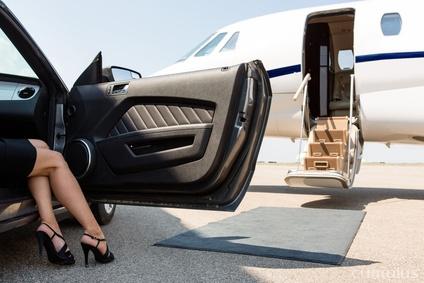 Na luksusowe wydatki mogą jedynie sprawić sobie ludzie zamożni